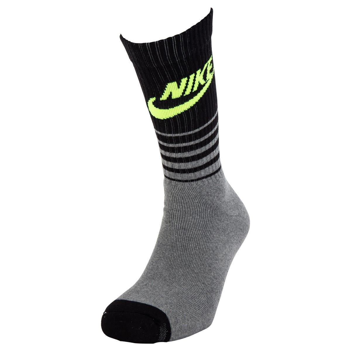 Nike Classic Striped Men's Crew Socks